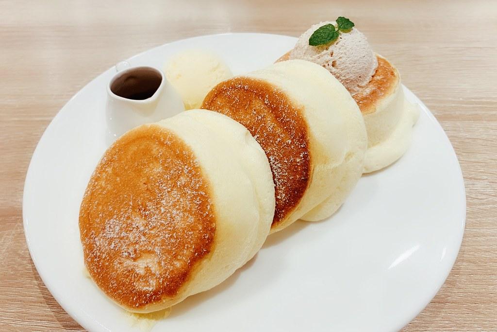 一拳鬆餅 One Punch:目前在台中吃過最接近幸福鬆餅的味道,中國醫藥大學附近美食推薦! @飛天璇的口袋
