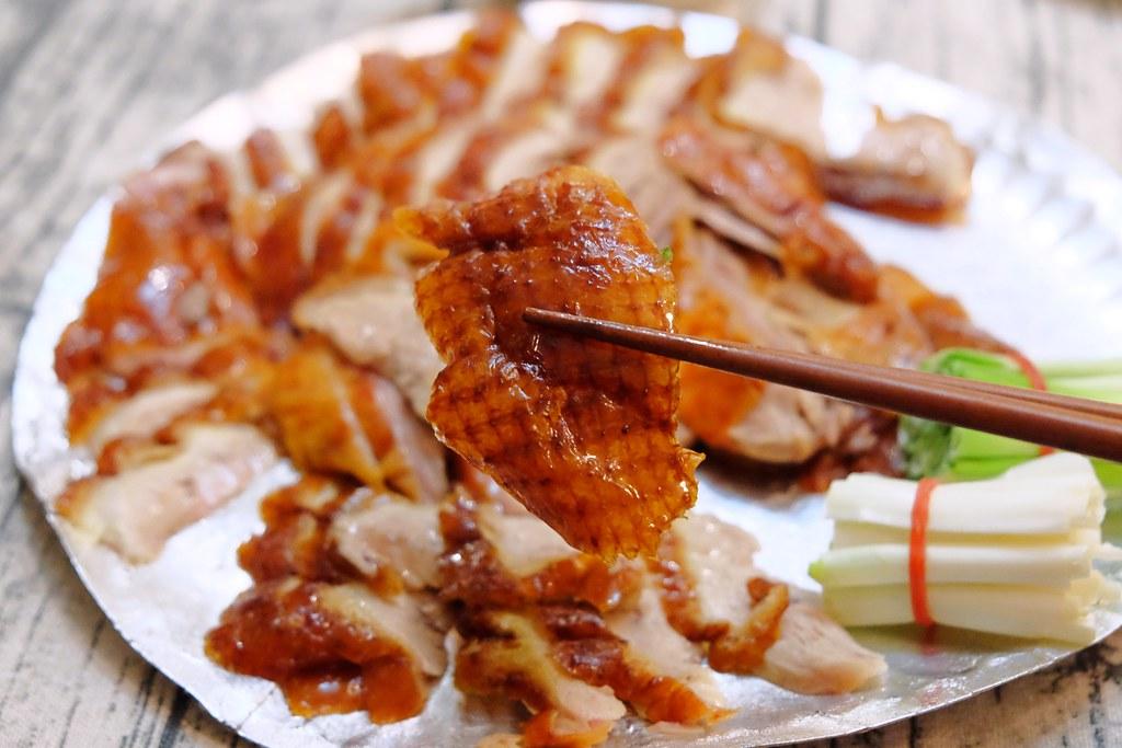 御記烤鴨:40年來屹立不搖平價烤鴨店,一鴨三吃還有隱藏版烤火雞,推薦滷味好好吃 @飛天璇的口袋
