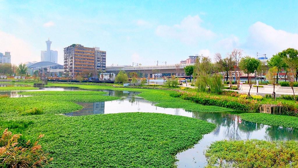 帝國製糖廠:台中新景點!6公頃湖濱公園美景,歷史古蹟也可以很文青 @飛天璇的口袋