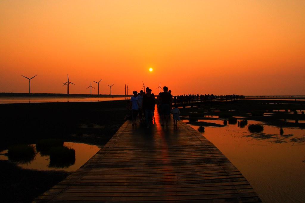 清水高美溼地:一生必遊一次的景點,全球六大絕美天空之鏡,台灣十大旅遊景點 @飛天璇的口袋