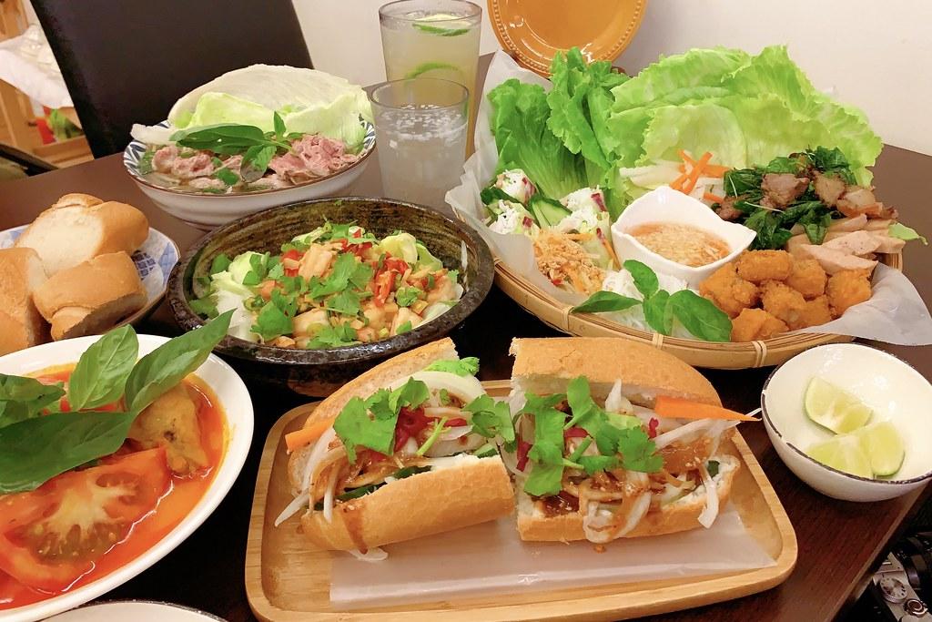 越好吃越南料理店:Google評價4.3顆星,大里人氣越南料理店 @飛天璇的口袋