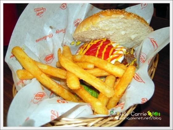 【台中美式餐廳】夏威夷51美式餐廳.Hawaii51 corner restaurant & bar @飛天璇的口袋