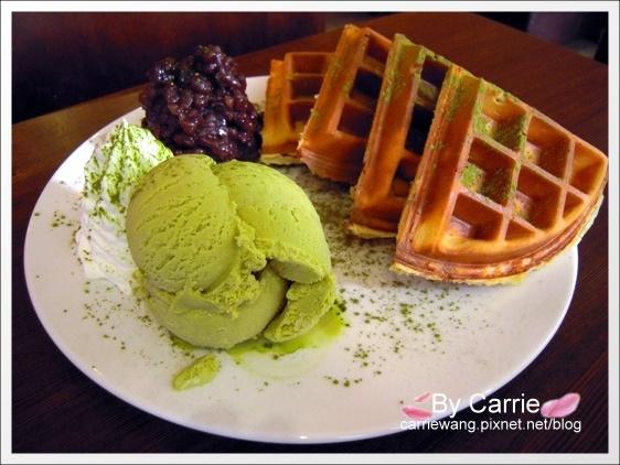 【台中下午茶】橋品氏鬆餅.Charming Waffle Cafe。精明商圈咖啡館 @飛天璇的口袋