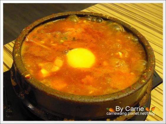 【台中韓式餐廳】飯饌韓式料理餐廳.BANNCHAN@金典綠園道4F @飛天璇的口袋