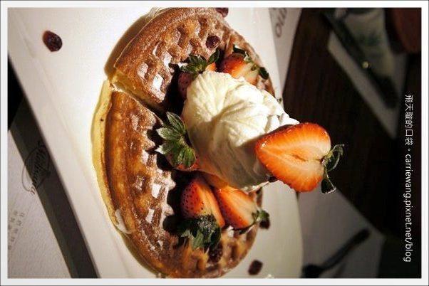 【台中下午茶】Momo Pasta.全面更改新菜單,現在也有鬆餅哦!@中友百貨旁 @飛天璇的口袋