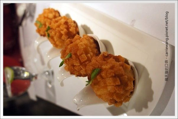 【台中合菜餐廳】鳥窩窩私房菜@台中大遠百11F。這天沒吃到薄片晾衣~ @飛天璇的口袋