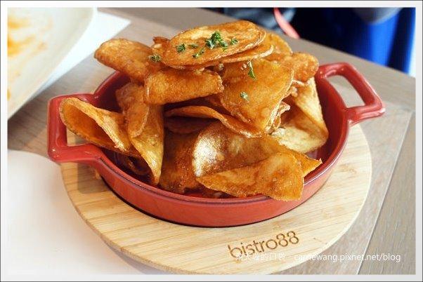 【台中美食推薦】Bistro88義法餐酒館。C/P超高的商業午餐推薦! @飛天璇的口袋