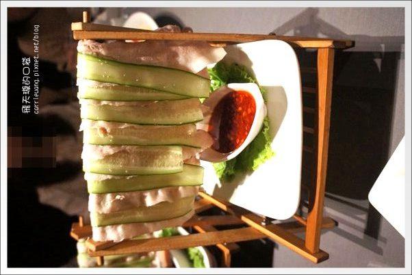 【台中美食】鳥窩窩私房菜@大遠百11F。10人份溫馨美饌桌菜~ @飛天璇的口袋
