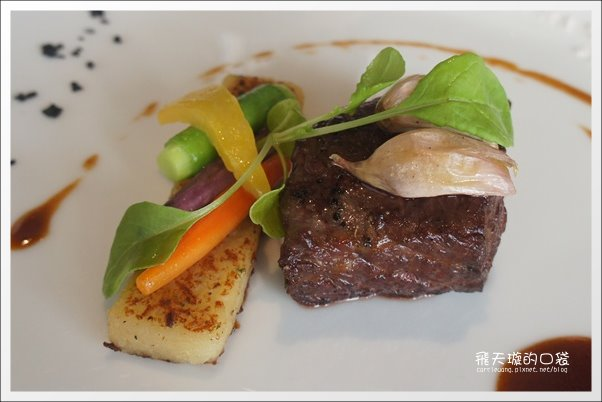 【台中美食推薦】法月當代法式料理。Fusion融合的創意料理,吃進嘴裡口口都是幸福! @飛天璇的口袋
