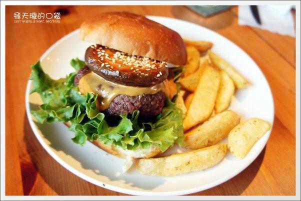 【台中美食】田樂.for Farm Burger。漢堡好吃,價格小貴! @飛天璇的口袋