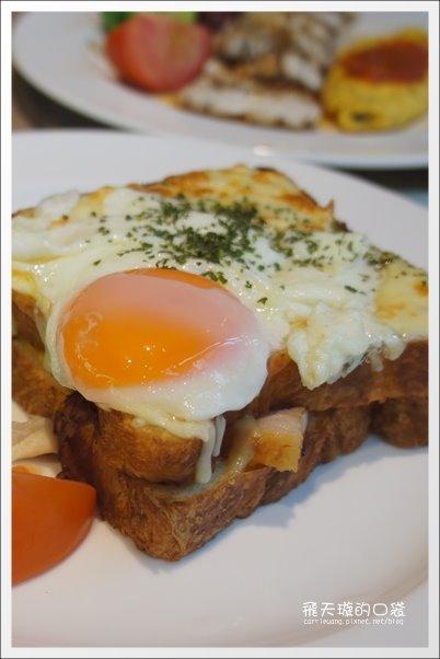 【台中早午餐】元也 Café & Meal。氣氛不錯,餐點很貴! @飛天璇的口袋