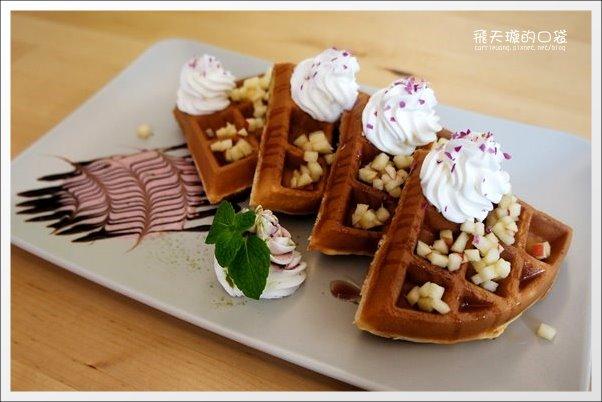 【台中下午茶】Daily Cafe.每日咖啡館。花果釀冰茶好好喝… @飛天璇的口袋