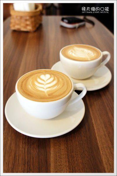 【台中下午茶】Coffee Slow。北屯~要脫鞋子的咖啡館 @飛天璇的口袋