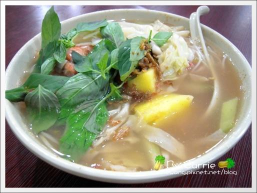 【台中越南餐廳】裴記越南小吃。便宜又好吃 @飛天璇的口袋
