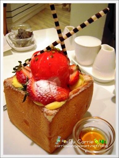 Dazzling Café (Mint)二店:等了5個小時的蜜糖吐司 @飛天璇的口袋